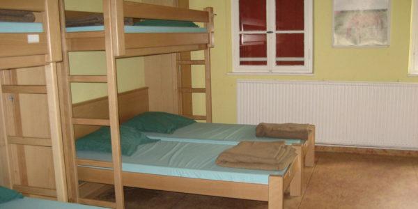 Centre de séjours Camp Echery dortoir