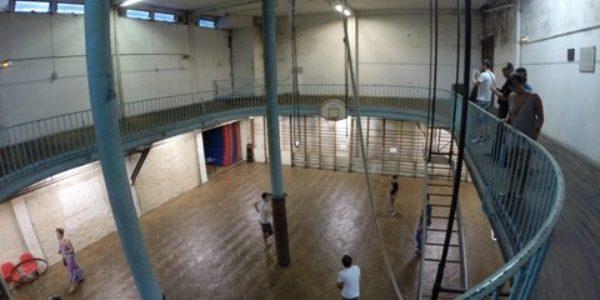 Centre de séjours camp Union de Paris salle de basket