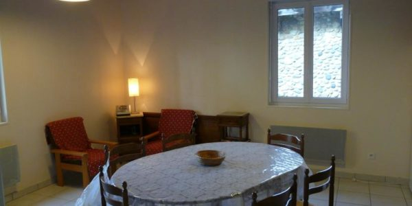 Centre de séjours camp Chalet Joubert salle à manger