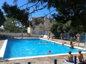 Centre de séjours Villeneuve lez avignon piscine