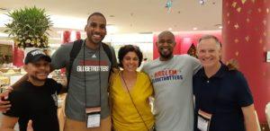 Photo avec les Harlem Globetrotters
